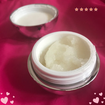 Photo of GLAMGLOW POUTMUD™ Fizzy Lip Exfoliating Treatment uploaded by JJ C.
