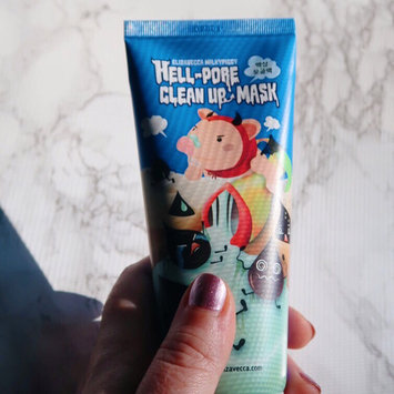Photo of Elizavecca Hell-Pore Clean Up Mask uploaded by Lauren F.