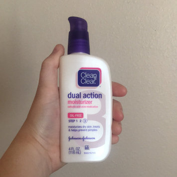 Photo of Clean & Clear Oil-Free Dual Action Moisturizer uploaded by Presley S.