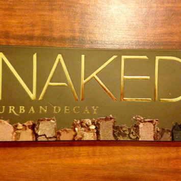 Photo of Urban Decay Naked Palette uploaded by Nka k.