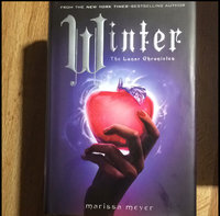Winter (Lunar Chronicles Series #4) uploaded by Bridgett B.