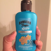 Hawaiian Tropic Island Sport Lotion Sunscreen Broad Spectrum SPF 30 - 2 Ounces uploaded by Ivonne C.
