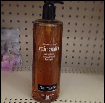 Photo of Neutrogena® Rainbath® Refreshing Shower and Bath Gel - Original uploaded by leanna b.