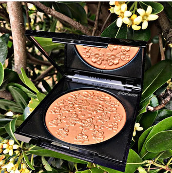 Photo of Givenchy Les Saisons Healthy Glow Powder Floral Impression, N°02 Douce Saison uploaded by Elizabeth L.