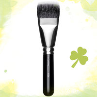M.A.C Cosmetics 197 Synthetic Duo Fibre Square Brush uploaded by Mariam H.