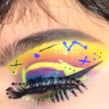 NYX Vivid Brights Liner uploaded by clown p.