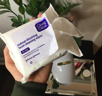 Clean & Clear® Makeup Dissolving Facial Cleansing Wipes uploaded by Karleigh J.