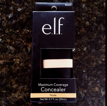 Photo of e.l.f. Studio Maximum Coverage Concealer - Oil Free uploaded by Carissa O.