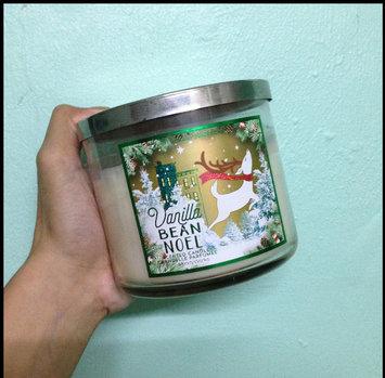 Bath & Body Works Bath and Body Vanilla Bean Noel 3 Wick Candle uploaded by Pearl C.