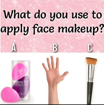 Real Techniques Miracle Complexion Sponge uploaded by Hanaa H.