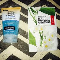 Neutrogena® Deep Clean® Invigorating Foaming Scrub uploaded by VIRGIE✨ L.