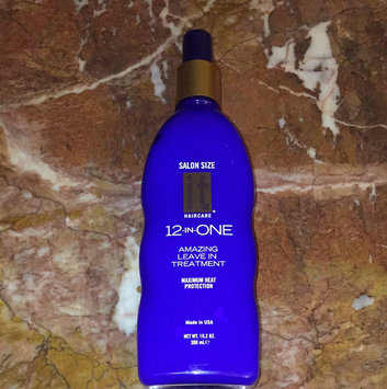 Photo of It 12-In-One Amazing Leave-In Treatment 5.1 oz uploaded by Meral T.