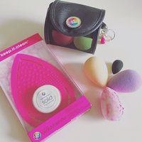 Beautyblenderr Beautyblender Air. port. pro Makeup Sponge Applicator & Small Cosmetics Bag Set, Size One Size - No Color uploaded by Jacqueline B.