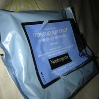 Neutrogena® Makeup Remover Cleansing Towelettes uploaded by Yarian C.
