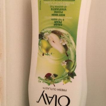 Photo of Olay Fresh Outlast Crisp Pear & Fuji Apple Body Wash uploaded by Kelsey M.