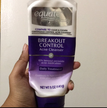 Photo of Equate Beauty Breakout Control Acne Cleanser uploaded by ritesha j.