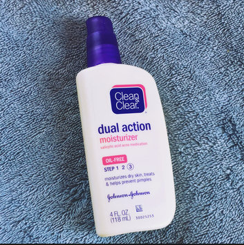 Photo of Clean & Clear Oil-Free Dual Action Moisturizer uploaded by Lois N.