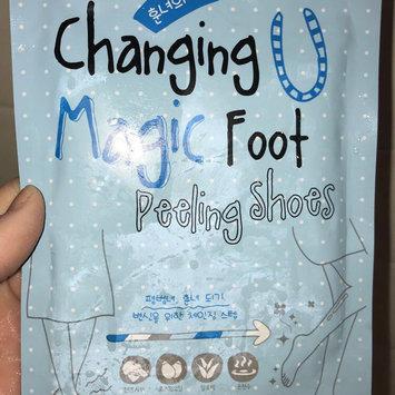 Photo of [Tonymoly] Changing U Magic Foot Peeling Shoes 1pair uploaded by Emily E.