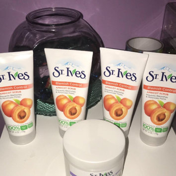 Photo of St. Ives Blemish Control Apricot Scrub uploaded by Ramia G.