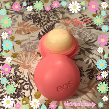 eos® Organic Smooth Sphere Lip Balm uploaded by Asmaa Z.