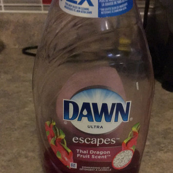Photo of Dawn Escapes Dishwashing Liquid Thai Dragon Fruit uploaded by Marina M.