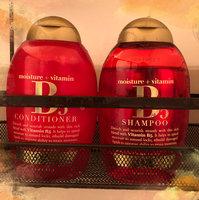 OGX® B5 Shampoo uploaded by Yaray L.