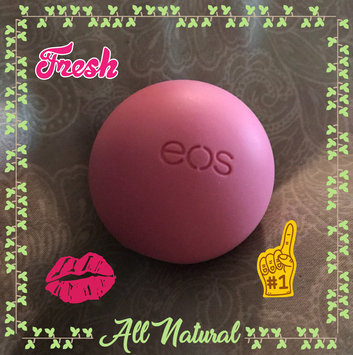 eos® Organic Smooth Sphere Lip Balm uploaded by stephanie• a.