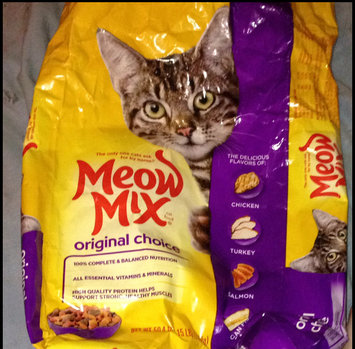 Photo of Meow Mix Original Choice Cat Food uploaded by Bellatrix V.