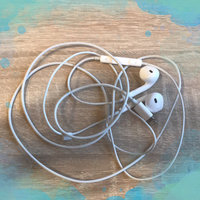 Apple EarPods with Remote and Mic uploaded by Stephanie B.