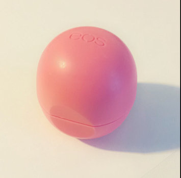 eos® Organic Smooth Sphere Lip Balm uploaded by Crystal C.