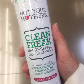 Photo of Not Your Mother's® Clean Freak™ Unscented Dry Shampoo uploaded by Brianna S.