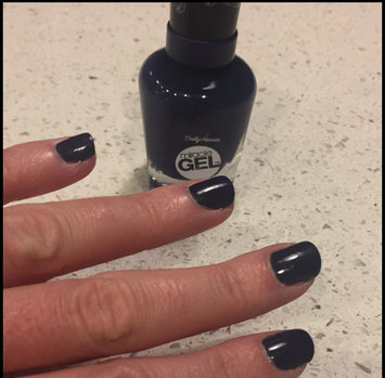 Photo of Sally Hansen® Miracle Gel™ Nail Polish uploaded by Leslie W.
