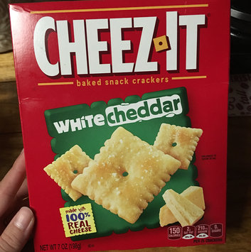 Photo of Sunshine Cheez-It Baked Snack Crackers White Cheddar uploaded by MK J.