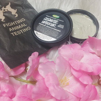 Photo of LUSH Cosmetic Warrior uploaded by 𝓑𝓲𝓪𝓷𝓬𝓪