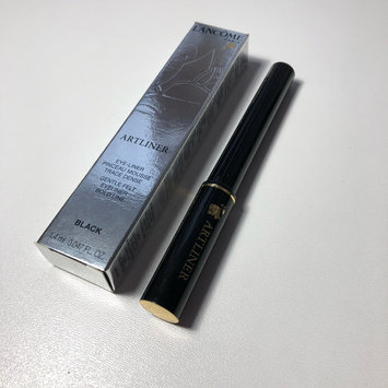 Photo of Lancôme Artliner Precision Felt Tip Liquid Liner uploaded by Valeria O.