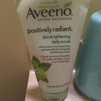 Photo of Aveeno Positively Radiant Skin Brightening Daily Scrub uploaded by MK J.