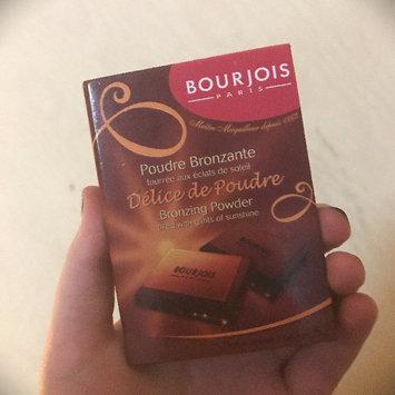 Photo of Bourjois Bronzing Powder - Délice de Poudre uploaded by Emily P.