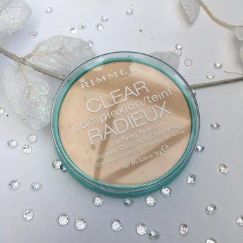 Photo of Rimmel London Clear Complexion Anti Shine Powder uploaded by Libby H.