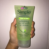 Simple Kind To Skin Smoothing Facial Scrub 75ml uploaded by Kim T.