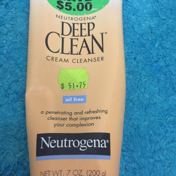 Photo of Neutrogena Deep Clean Cream Cleanser uploaded by Jeanine W.