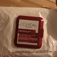 L'Oréal Paris RevitaLift® Radiant Smoothing Wet Cleansing Towelettes uploaded by Shiira M.