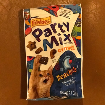 Photo of Purina Friskies Party Mix Beachside Crunch Cat Treats uploaded by Maryam H.