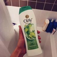 Olay Fresh Outlast Energizing Lime & White Tea Body Wash uploaded by Deborah S.