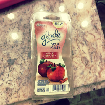 Photo of Glade Apple Cinnamon Wax Melts uploaded by Myshella D.