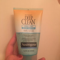 Neutrogena® Deep Clean® Long-Last Shine Control Daily Scrub uploaded by Rebecca V.