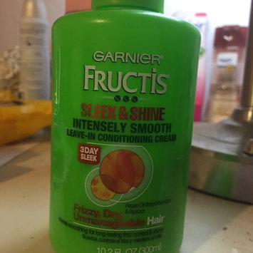 Photo of Garnier Fructis Sleek & Shine Leave-In Conditioner, 10.2 oz uploaded by Alissa A.