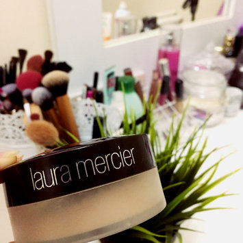 Photo of Laura Mercier Mineral Powder uploaded by Asma M.