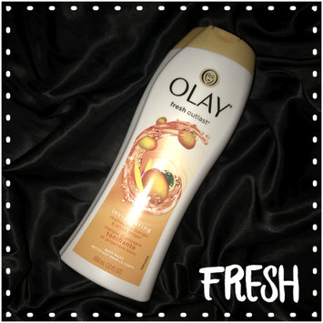 Photo of Olay Fresh Outlast Invigorating Champagne Mango & White Ginger Body Wash uploaded by Gabrielle F.