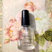 Sally Hansen® Liquid Fiberglass Strenghth to Natural Nail Polish uploaded by Nka k.