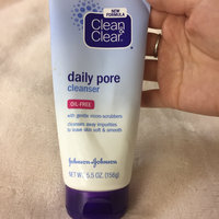 Clean & Clear® Daily Pore Cleanser uploaded by Ellen L.
